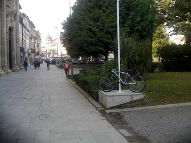 Estacionamento bici 035