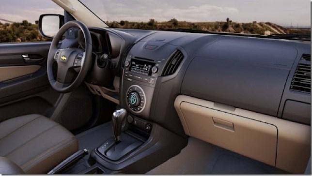 2012-Chevrolet-Colorado-7