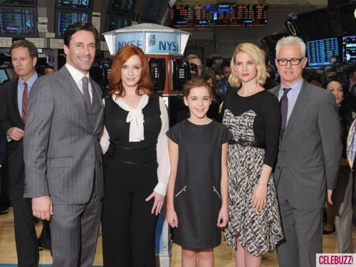 Mad Men Cast Ring Opening Bell at New York Stock Exchange 6 580x435