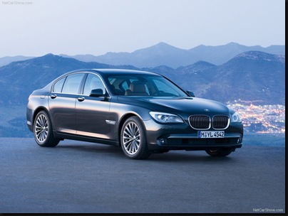 BMW-7-Series_2009_800x600_wallpaper_01