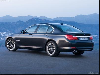 BMW-7-Series_2009_800x600_wallpaper_09