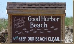 Good Harbor beach, Passport rest._20090617_004