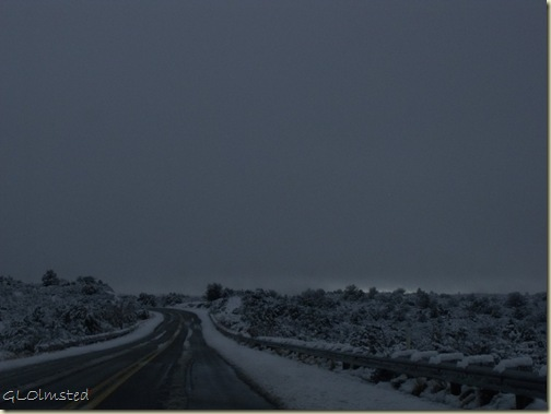 01 Snow along Iron Springs Rd N to Prescott AZ (1024x768)