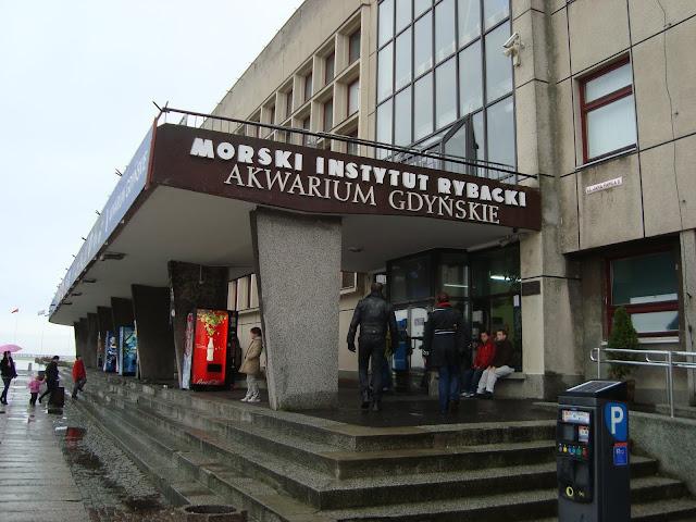 Wejście główne do Akwarium Gdyńskiego