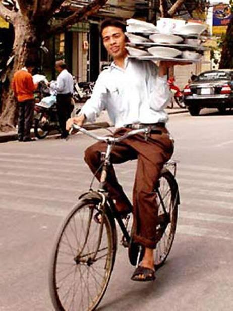 Amazing Funny Pictures from Asia: People on the Go!!!