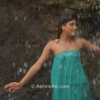 hot & spicy tempting cleavage navel leg show - part 14
