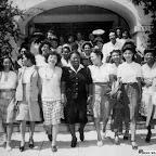 Hattie McDaniel (centro), presidente da Divisão do Negra do Comitê de Hollywood