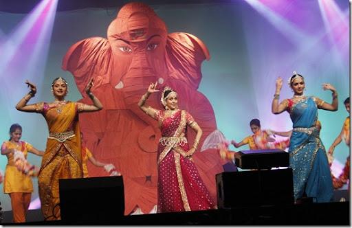 The 22nd edition of Pune Festival was inaugurated on Friday at Ganesh Kala Krida Manch in presence of dignitaries. Actress Hema Malini with daughters Esha and Ahana performed Ganesh Vandana at the inauguration ceremony.