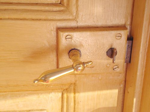 Gammalt dörrhandtag