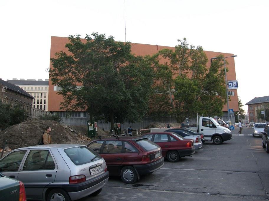 blog, Budapest, Csarnok tér, Ferencváros, Gegessy, Nagyvásárcsarnok, parkolóház, földalatti parkoló,  Vásárcsarnok