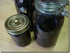 olives in 2-l jars_1_1