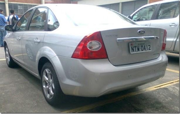 Ford Focus Titanium 2011 (1)