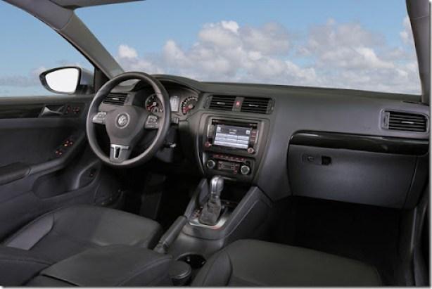 Volkswagen Jetta 2012 (3)