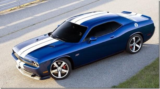 Dodge-Challenger_SRT8_392_2011_1600x1200_wallpaper_07