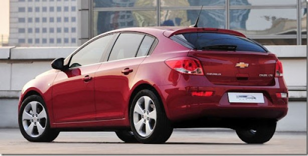 Chevrolet-Cruze_Hatchback_2012_1600x1200_wallpaper_05