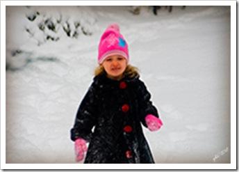 DSC_0082-Kaylin-deep-snow-front