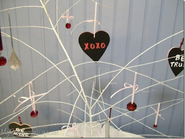 valentine tree chalkboard hearts