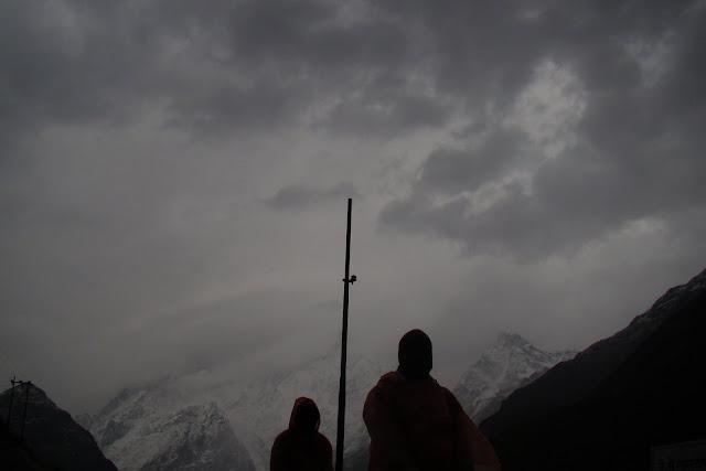 Kedarnath peaks in the background
