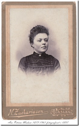Ane Petrine ca 1897IMG_0003