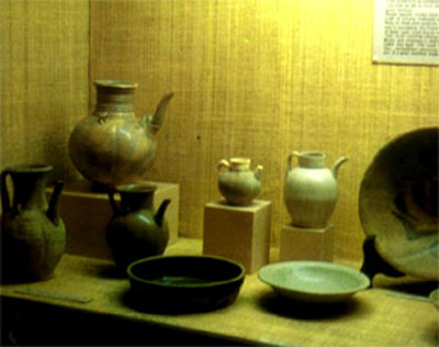porcelain jars and pots