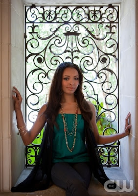 Hair styling tips from The Vampire Diaries TV Show - Katerina Graham as Bonnie