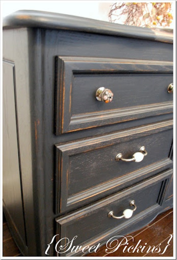 black dresser and teal dresser 011