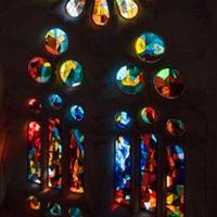 Sagrada Familia en Barcelona vitral-de-colore-Joan-Vila-i-Grau-sagrada-familia