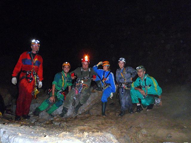 Foto del grupo. De izquierda a derecha: Julio, Joaquín, Pelu, Dulce, Mamen y Wali.