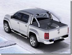 Volkswagen-Amarok_2011_800x600_wallpaper_02