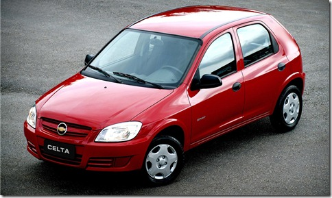5_Chevrolet_Celta_Spirit_2010