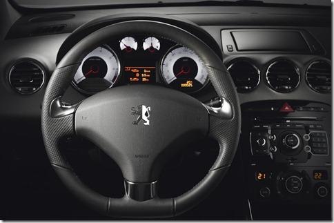 Peugeot-308_GTi_2011wallpaper_0b