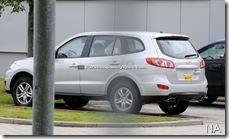 2010-Hyundai-Santa-Fe-8