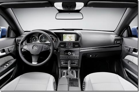 2010-Mercedes-Benz-E-Class-Convertible-7