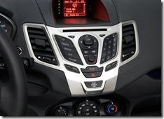 Ford-Fiesta_2011_800x600_wallpaper_1a