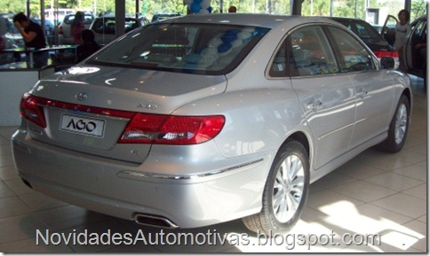 Hyundai Azera 2011 (2)
