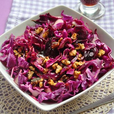 Cooketa-Salata od crvenog kupusa sa orasima