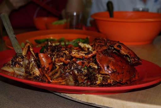 甘香螃蟹,不错吃,咸蛋的比较特别