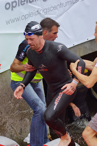 Peter Vandorpe - 1/8e triatlon Roeselare - 1 juni 2014