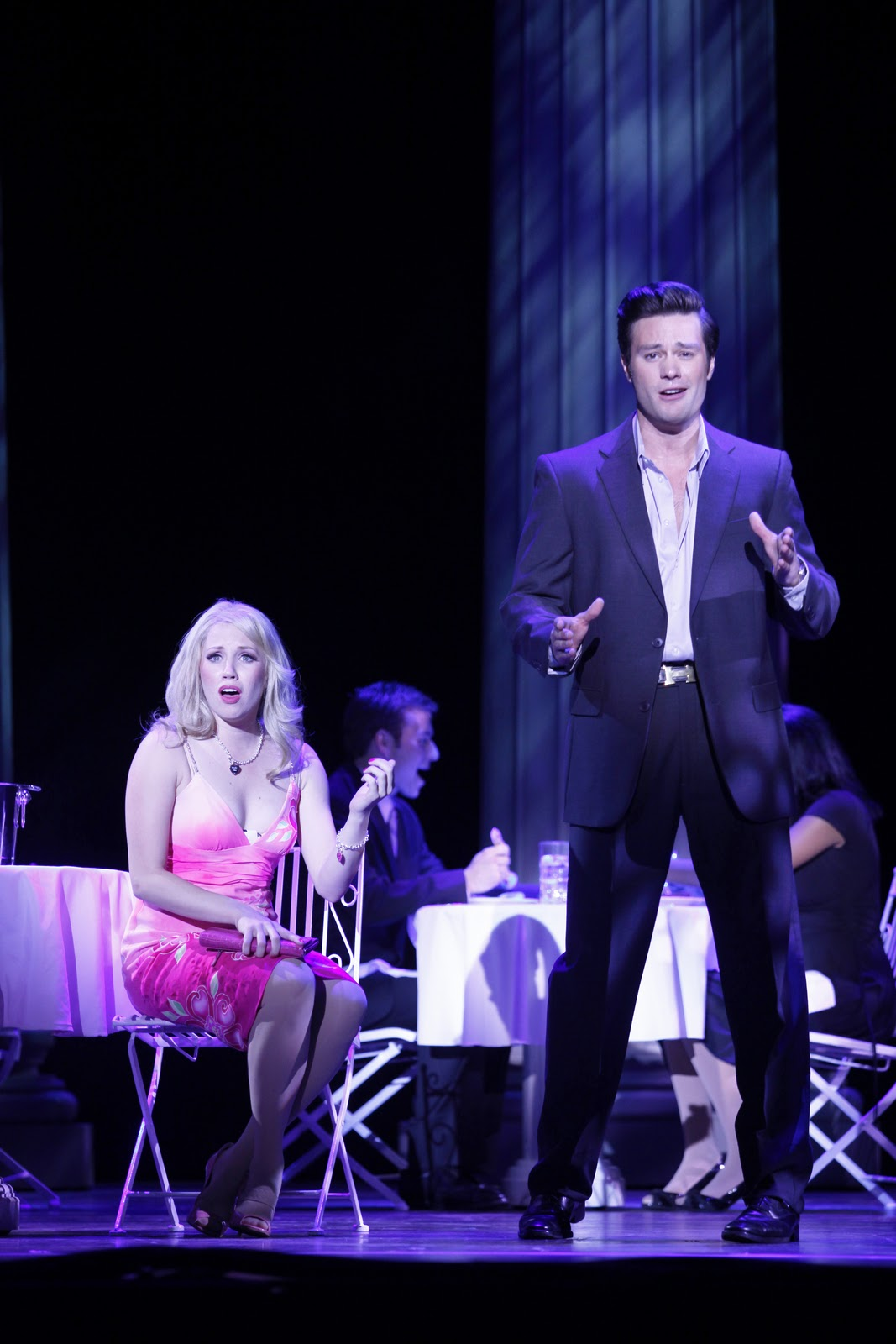 4ed0f7b5ef25a ... and now LEGALLY BLONDE THE MUSICAL is coming to you. LEGALLY BLONDE  follows sorority star Elle Woods