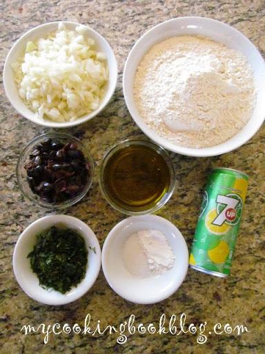 Ельопита със 7 up или постен, солен кекс с маслини