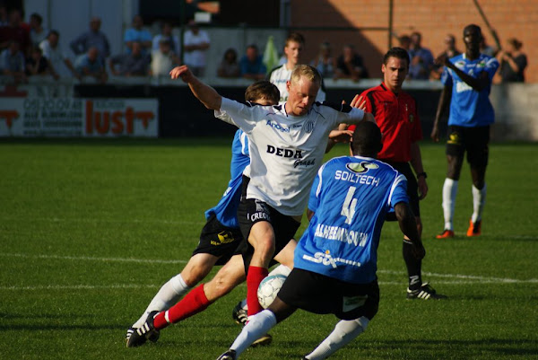 Club Roeselare tegen SV Roeselare