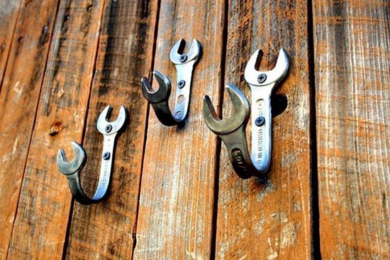 Idea para decorar un taller de herramientas.