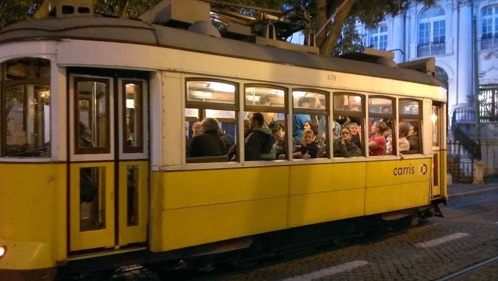Tranvia Típico Lisboa