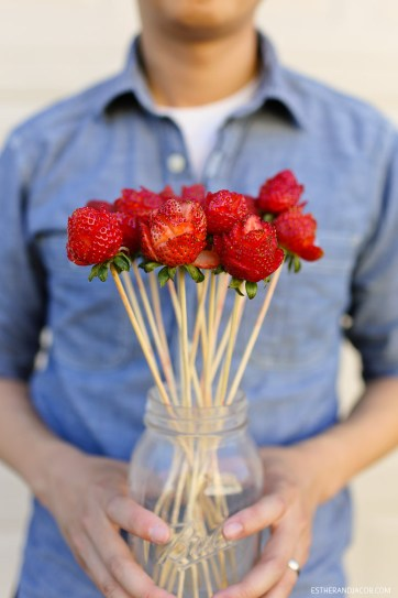 How to make a strawberry rose bouquet / 4 year anniversary traditional gift.