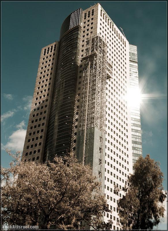 Тель Авивские небоскребы / מגדל הקיריה