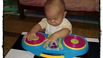 Baby Aslah menunjuk bakat sebagai DJ