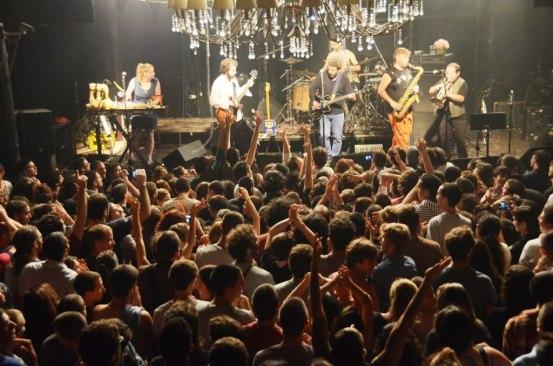 הקהל מצביע בילויים, בארבי. צילום: יובל אראל
