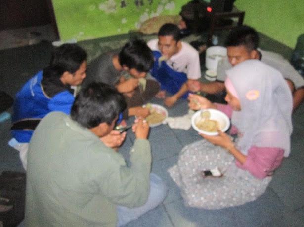 Makan Sotoji Bersama | dPUMA & Plat-M