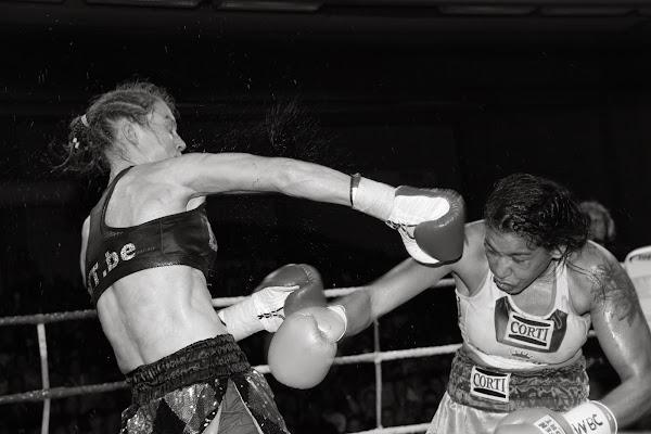 Delfine Persoon vs Erica Anabella Farias