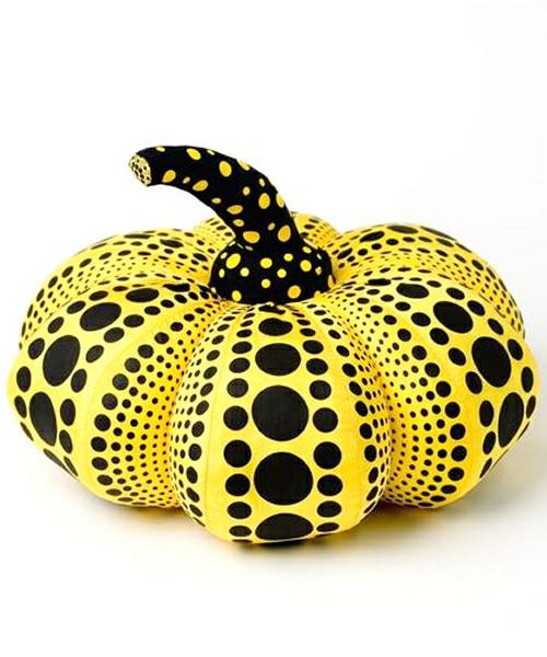 *草間彌生推出KUSAMA YAYOI GOODS:主打南瓜&水玉的抱枕和手機吊飾 5
